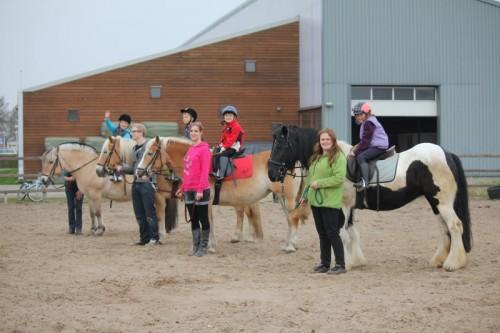 welke kleren bij paardrijden