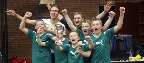 Het winnende team van Ichthus .Foto's Erik Driessen