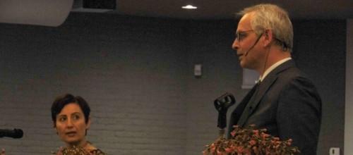 Yücel en Spruyt in debat. Foto's: Ria Grootoonk en Enrico Kolk. Tekst: Enrico Kolk
