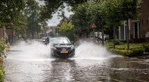 De gemeente wil een nieuw hemelwaterriool aanleggen aan de Jan van Arkelstraat. (Archieffoto: Erik Eenkhoorn)